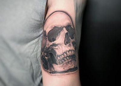 Black-and-grey-black-work-tattoo-bangkok00000067